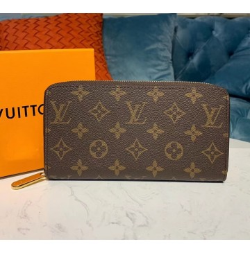 Louis Vuitton Monogram Canvas Zippy Wallet M60017