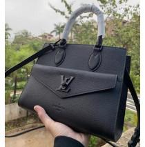 Louis Vuitton Lockme Tote PM Black M55845