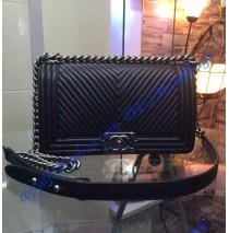 Boy Chanel Medium Chevron Quilted Flap Bag in Black Lambskin