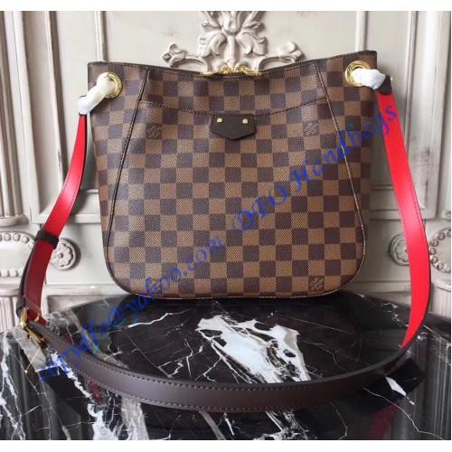 dfaab9eb8a1 Louis Vuitton Damier Ebene South Bank Besace N42230. Loading zoom