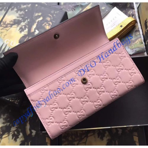 5c962e194dd1 Gucci Signature Continental Wallet with Cat Pink