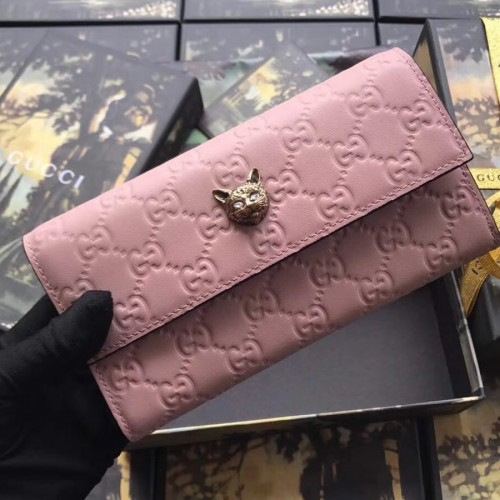 b28bd2dd60a1 Gucci Signature Continental Wallet with Cat Pink. Loading zoom
